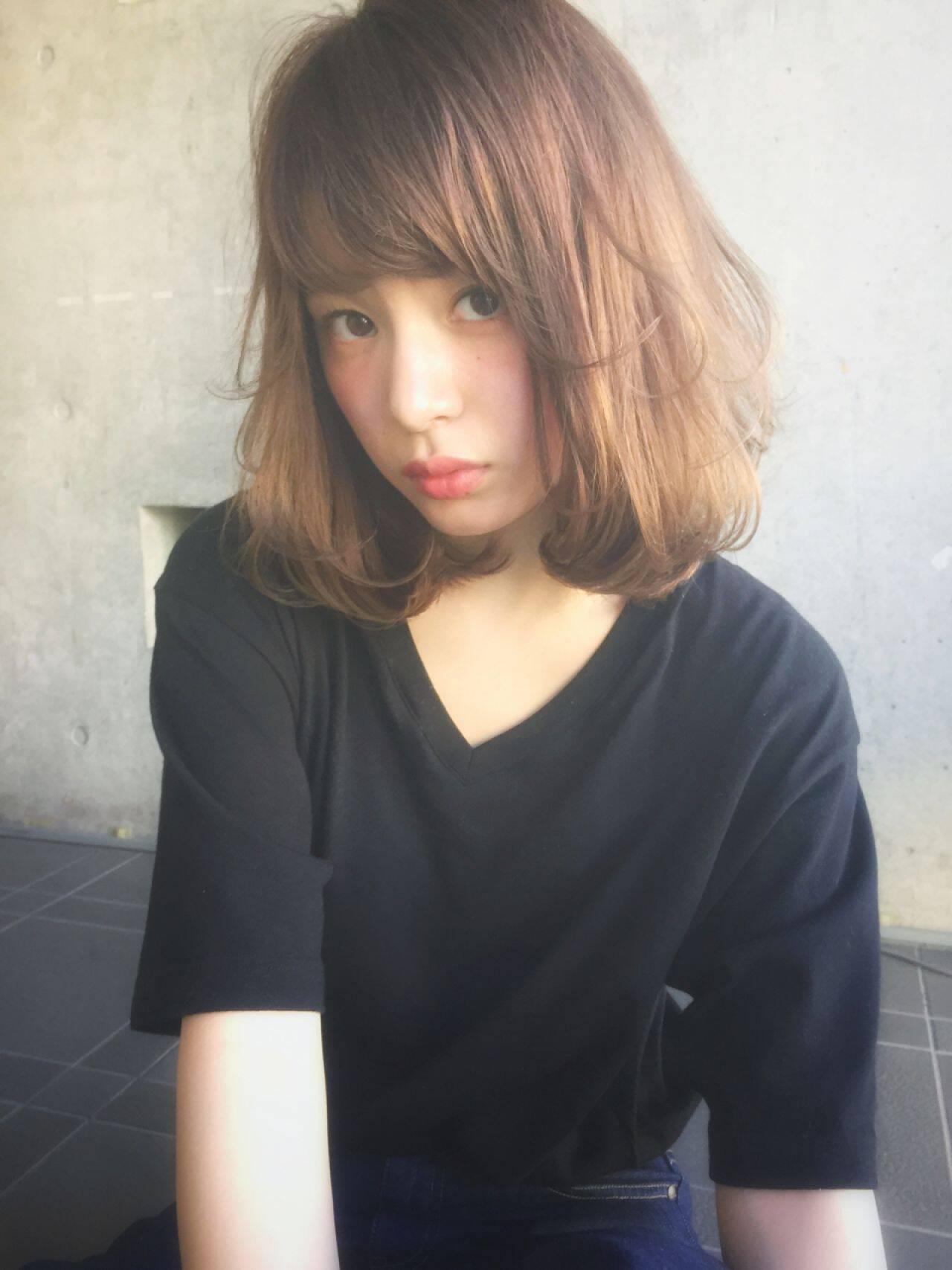 ゆるふわ ミディアム ストリート 外国人風ヘアスタイルや髪型の写真・画像