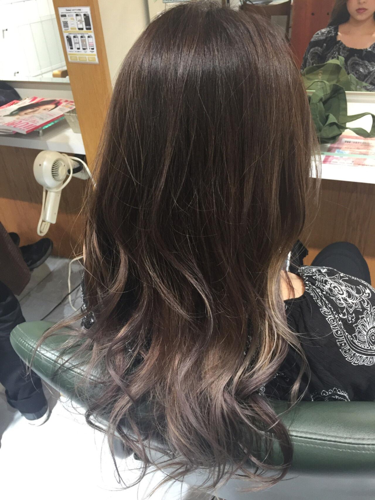 ロング デート アンニュイ ウェーブヘアスタイルや髪型の写真・画像