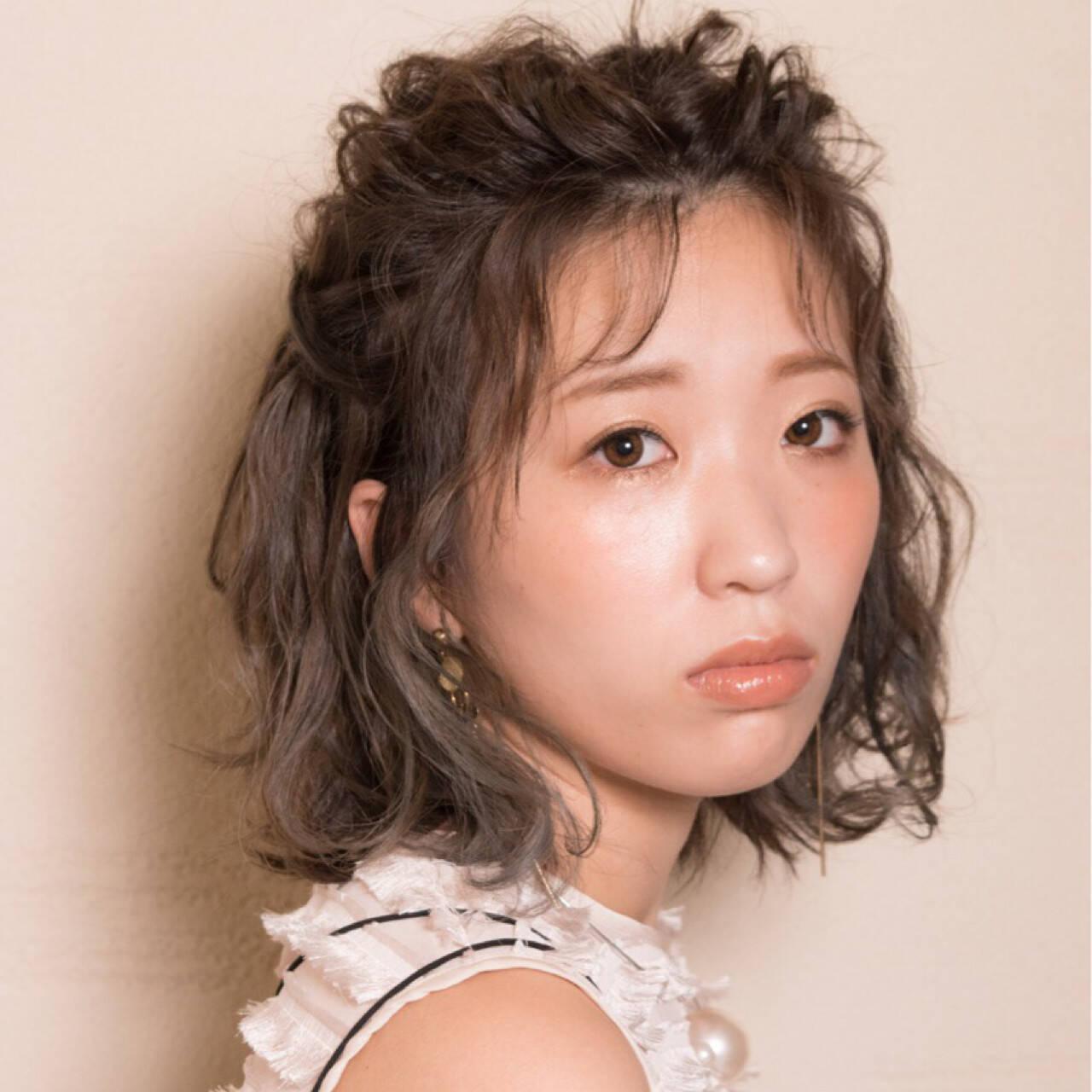 ヘアアレンジ シースルーバング 秋 フェミニンヘアスタイルや髪型の写真・画像
