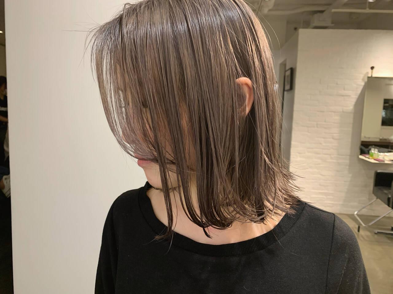 ボブ 切りっぱなしボブ ナチュラル ハイトーンヘアスタイルや髪型の写真・画像