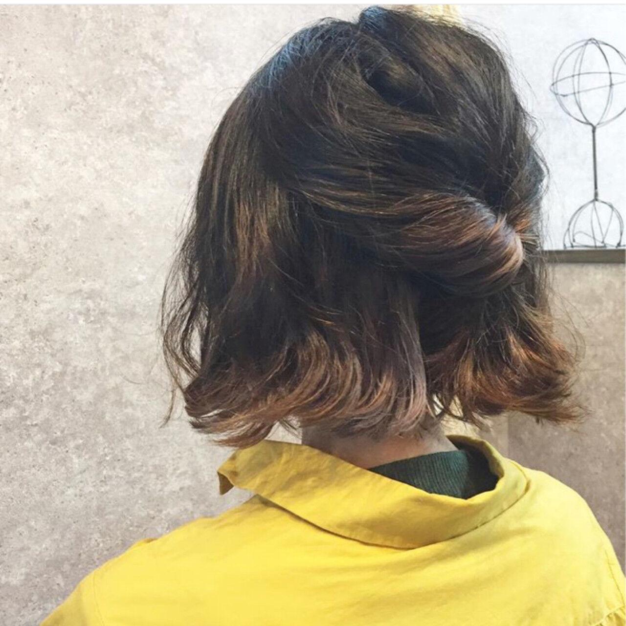 ガーリー 簡単ヘアアレンジ 外ハネ ボブヘアスタイルや髪型の写真・画像