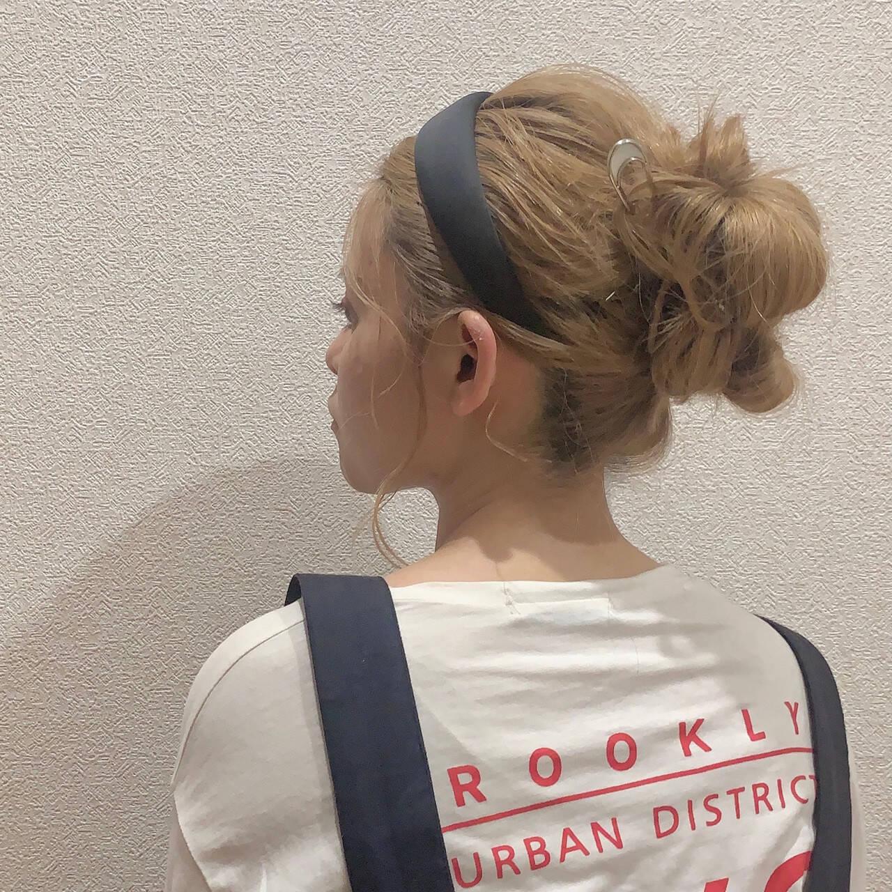 ヘアアレンジ お団子ヘア セミロング お団子ヘアスタイルや髪型の写真・画像