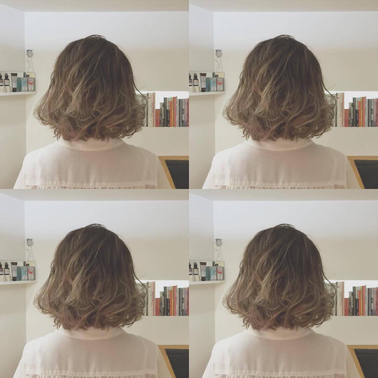 グラデーションカラー ブリーチ アッシュ ガーリーヘアスタイルや髪型の写真・画像