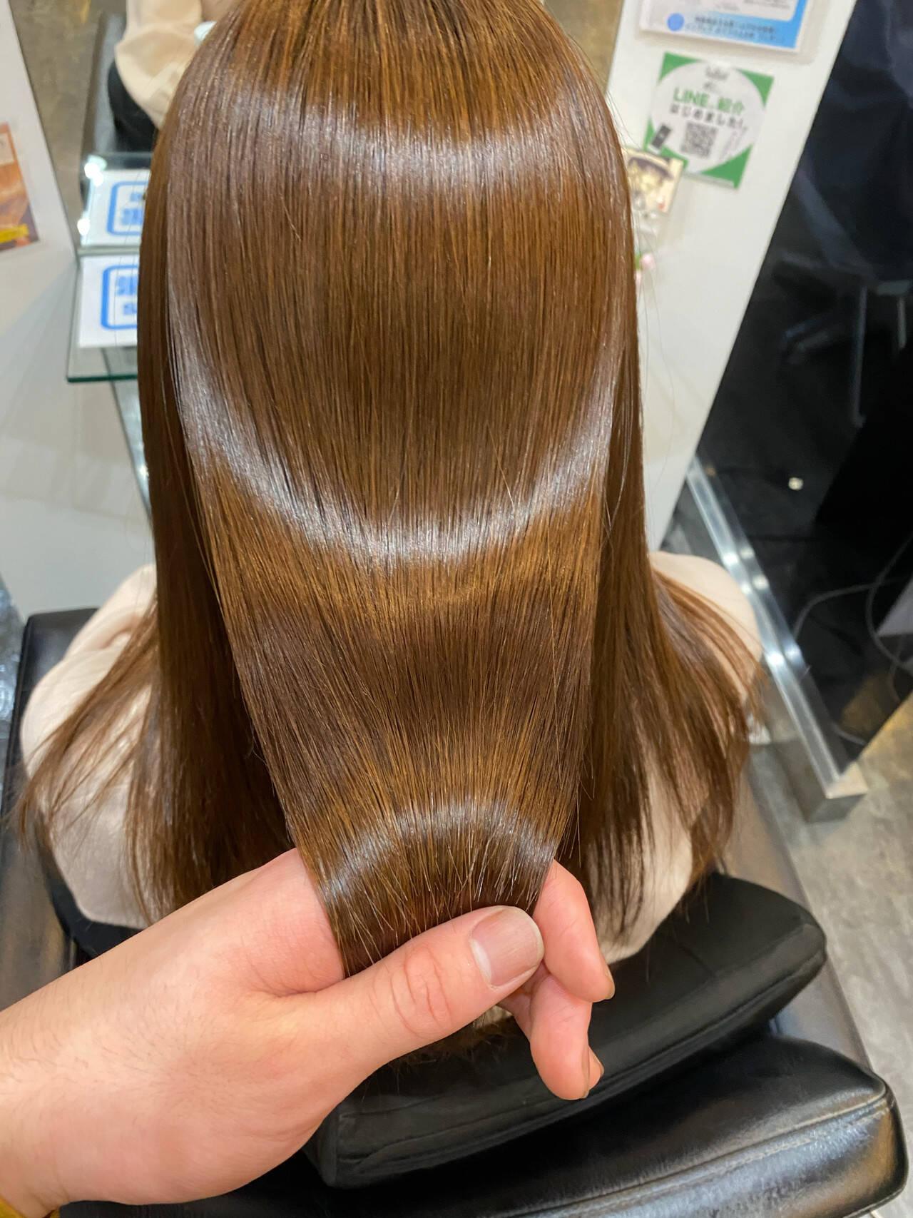 ロング 髪質改善トリートメント 髪質改善カラー ナチュラルヘアスタイルや髪型の写真・画像