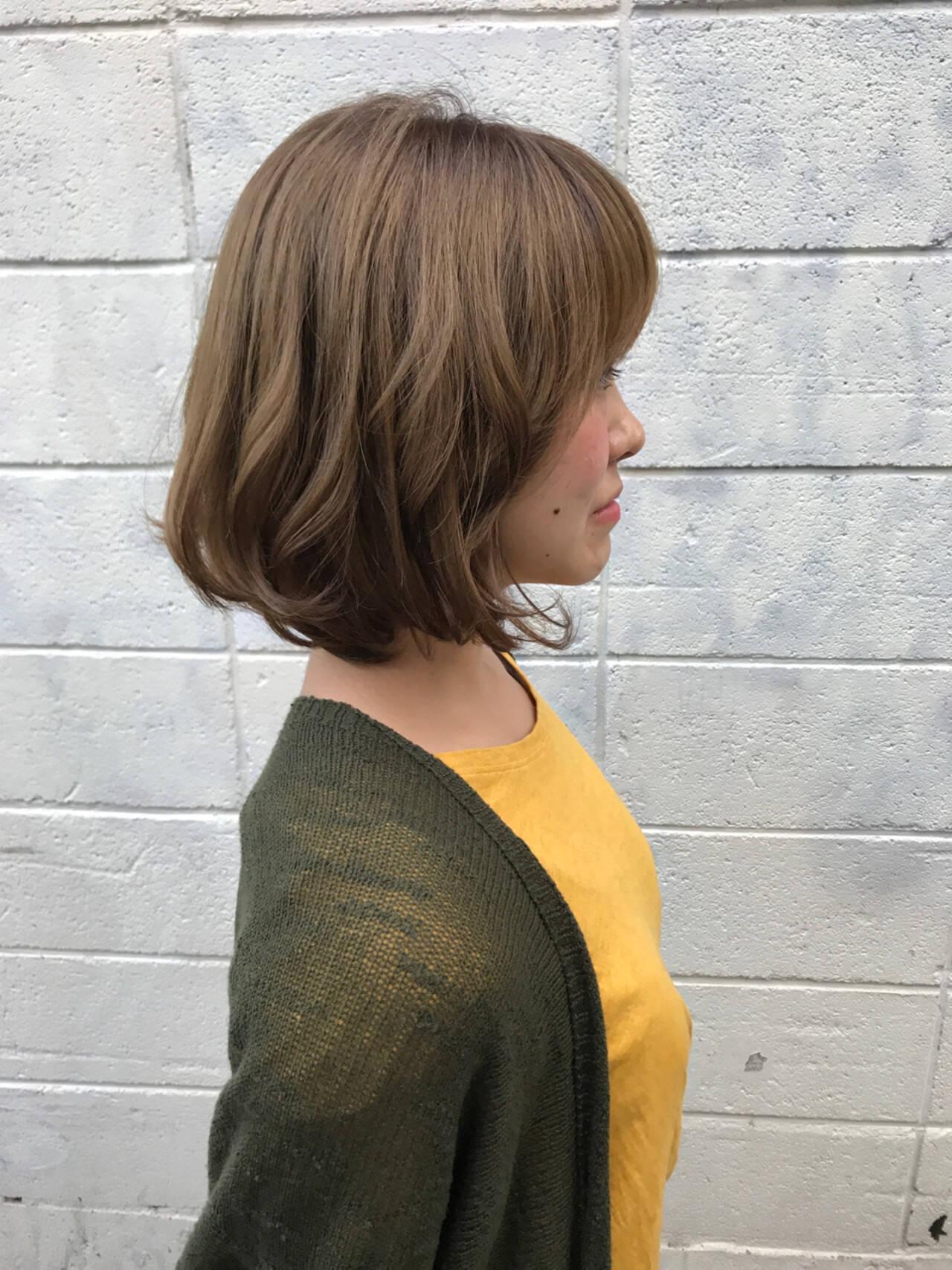 かわいい ボブ アンニュイ ウェーブヘアスタイルや髪型の写真・画像