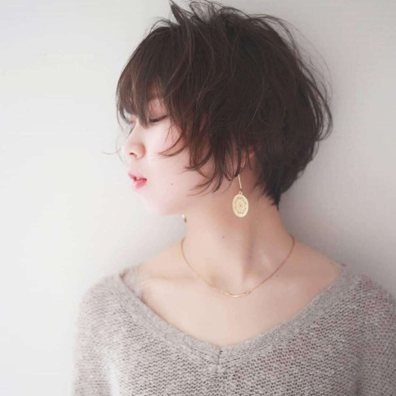 ハンサムショート あざと毛 透明感カラー ナチュラルヘアスタイルや髪型の写真・画像