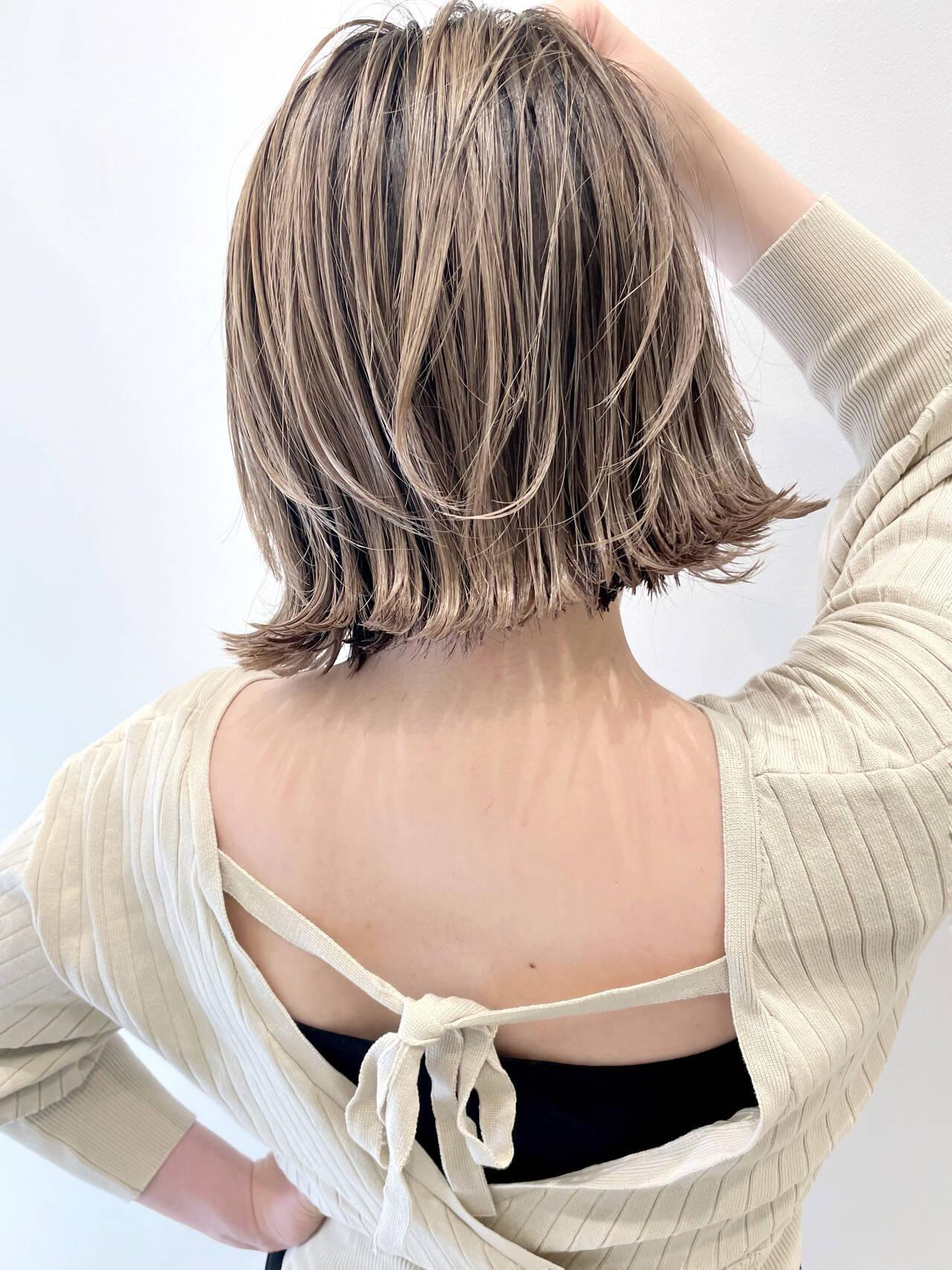 バレイヤージュ ハイライト ミニボブ ボブヘアスタイルや髪型の写真・画像