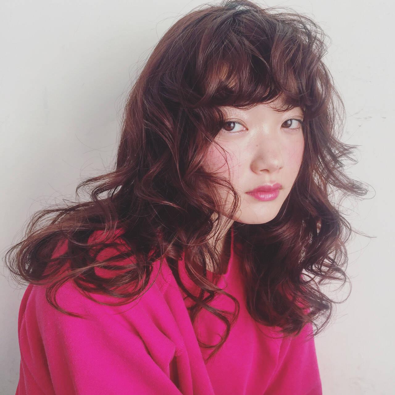 パーマ ガーリー ゆるふわパーマ 前髪パーマヘアスタイルや髪型の写真・画像