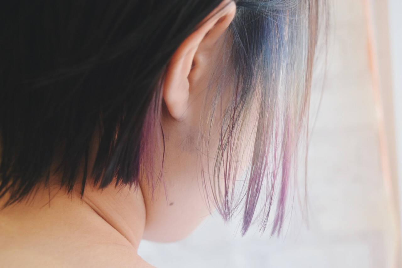 インナーカラー デート フェミニン ボブヘアスタイルや髪型の写真・画像