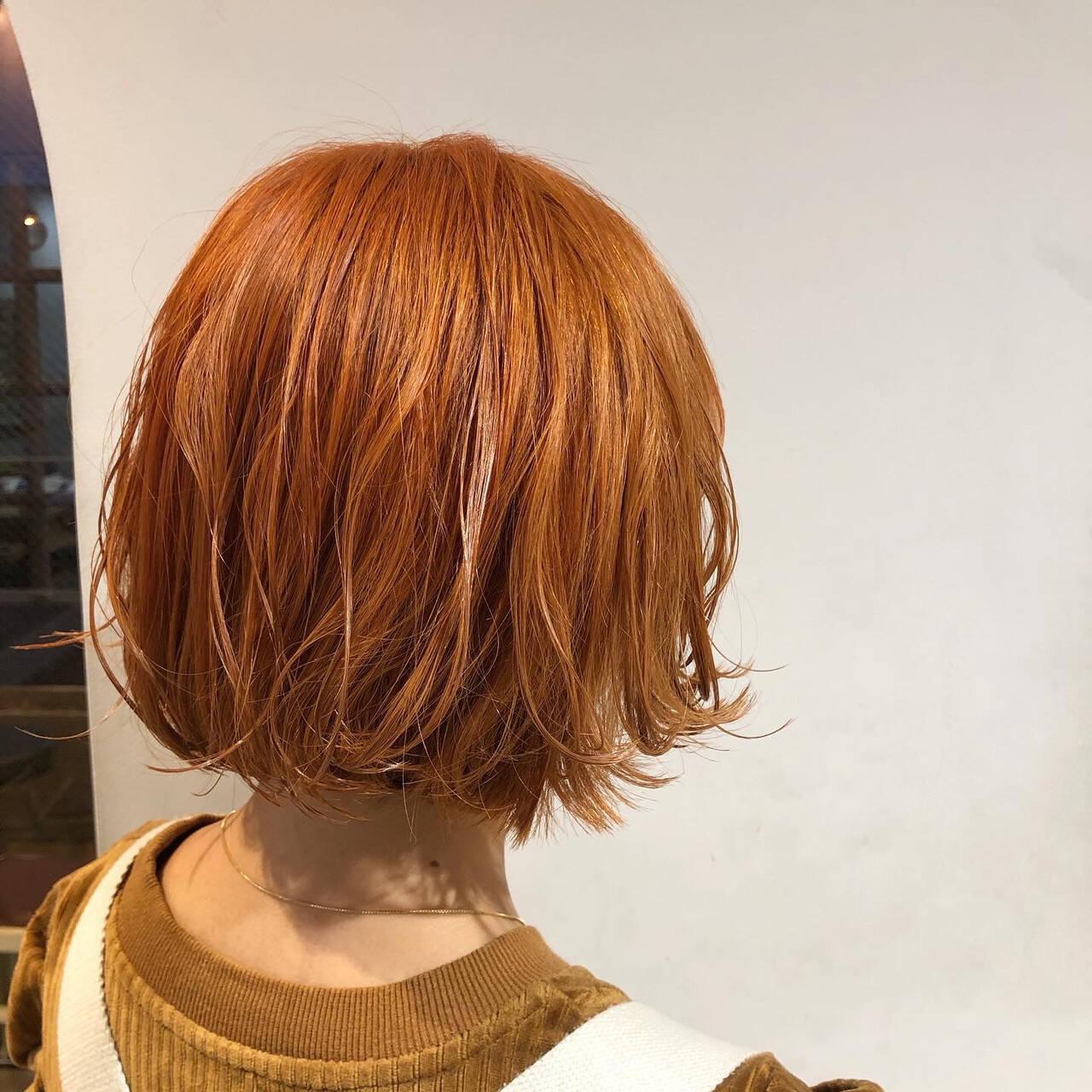 ブリーチオンカラー アプリコットオレンジ ブリーチカラー ボブヘアスタイルや髪型の写真・画像