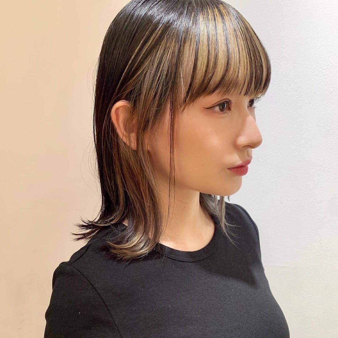 モード ハイトーンカラー 外ハネ インナーカラーヘアスタイルや髪型の写真・画像