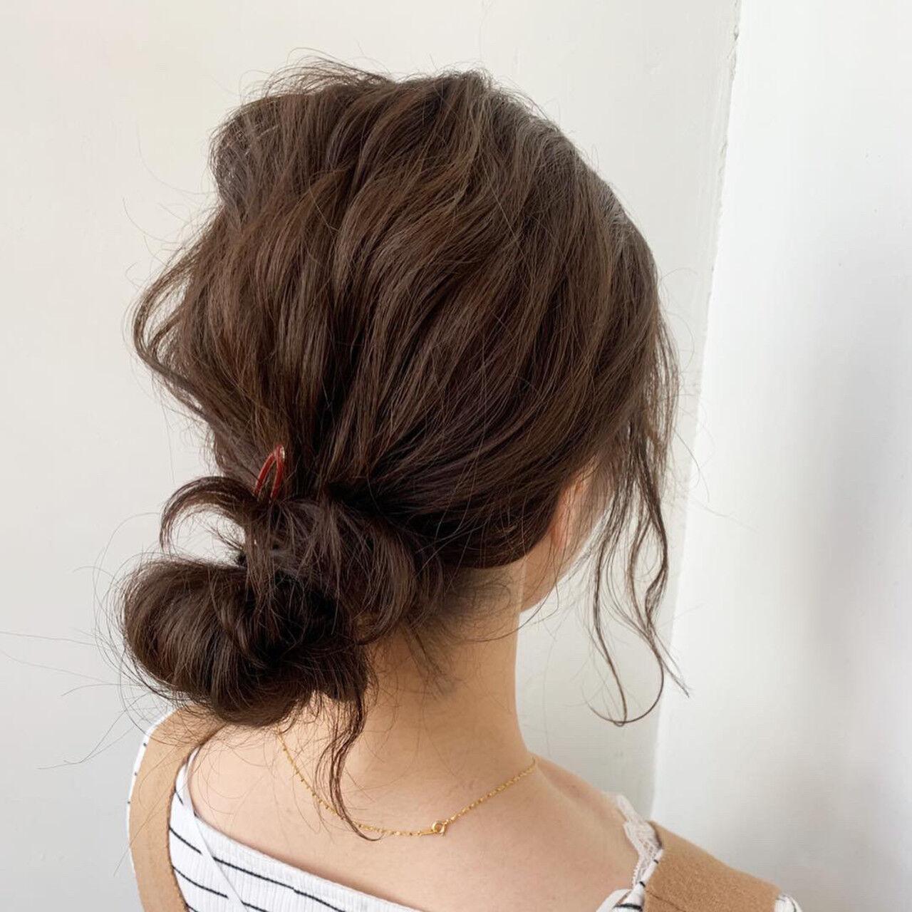 デート ミディアム ヘアアレンジ ルーズヘアスタイルや髪型の写真・画像