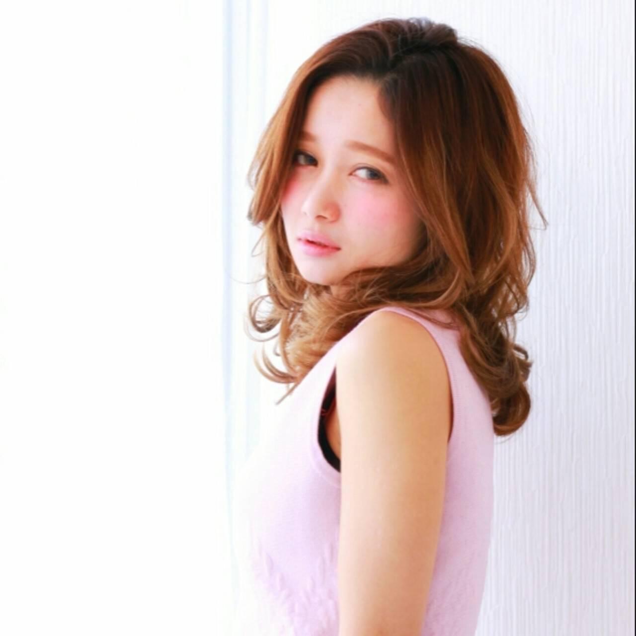 フェミニン ゆるふわ 大人かわいい セミロングヘアスタイルや髪型の写真・画像