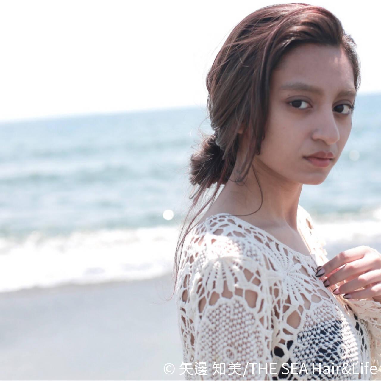 簡単ヘアアレンジ まとめ髪 ラフ 外国人風ヘアスタイルや髪型の写真・画像