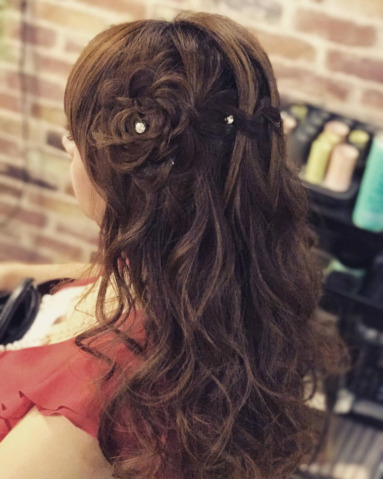 ナチュラル セミロング 簡単ヘアアレンジ 女子会ヘアスタイルや髪型の写真・画像