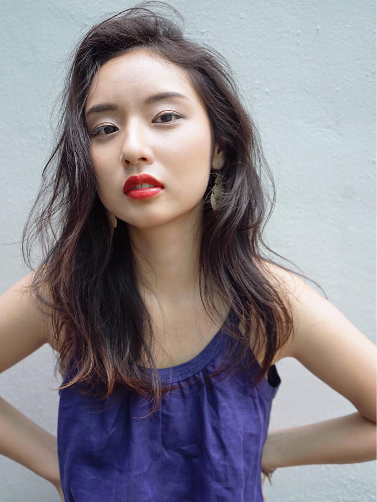 前髪あり ヘアアレンジ 外国人風 モードヘアスタイルや髪型の写真・画像