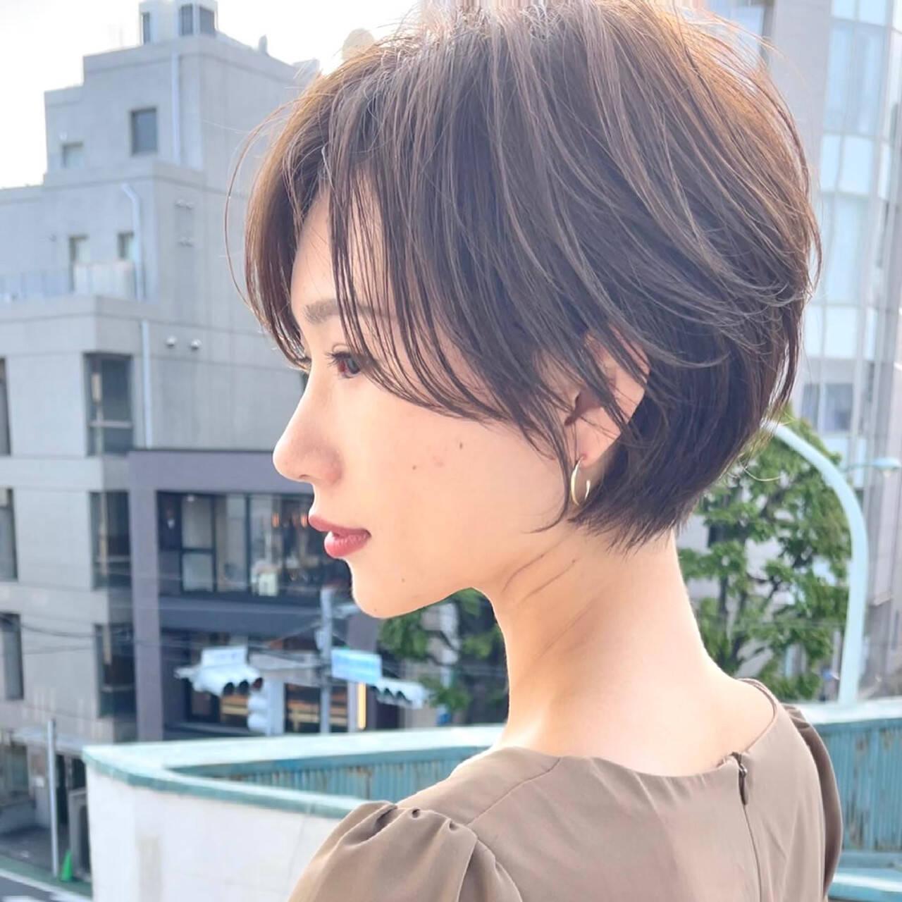 ハンサムショート フェミニン ミニボブ ショートカットヘアスタイルや髪型の写真・画像