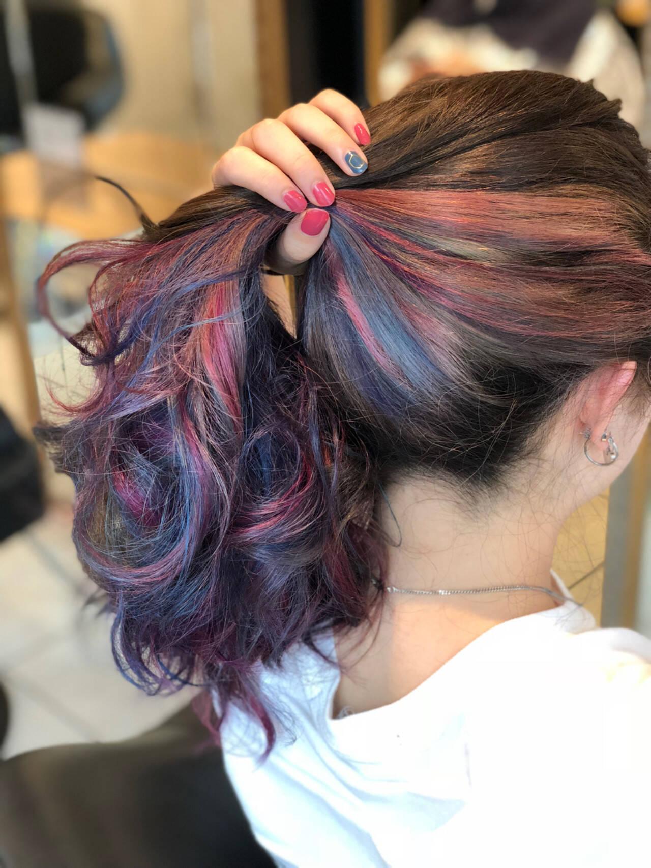 暗髪 ロング ブリーチ グレージュヘアスタイルや髪型の写真・画像