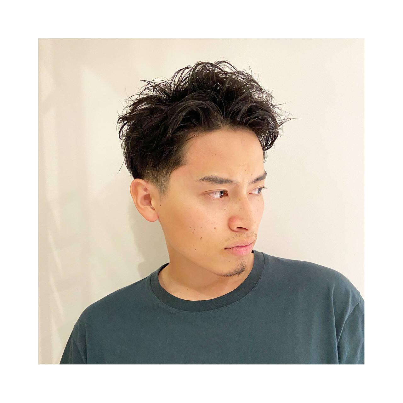 メンズパーマ 刈り上げ ショート メンズヘアスタイルや髪型の写真・画像