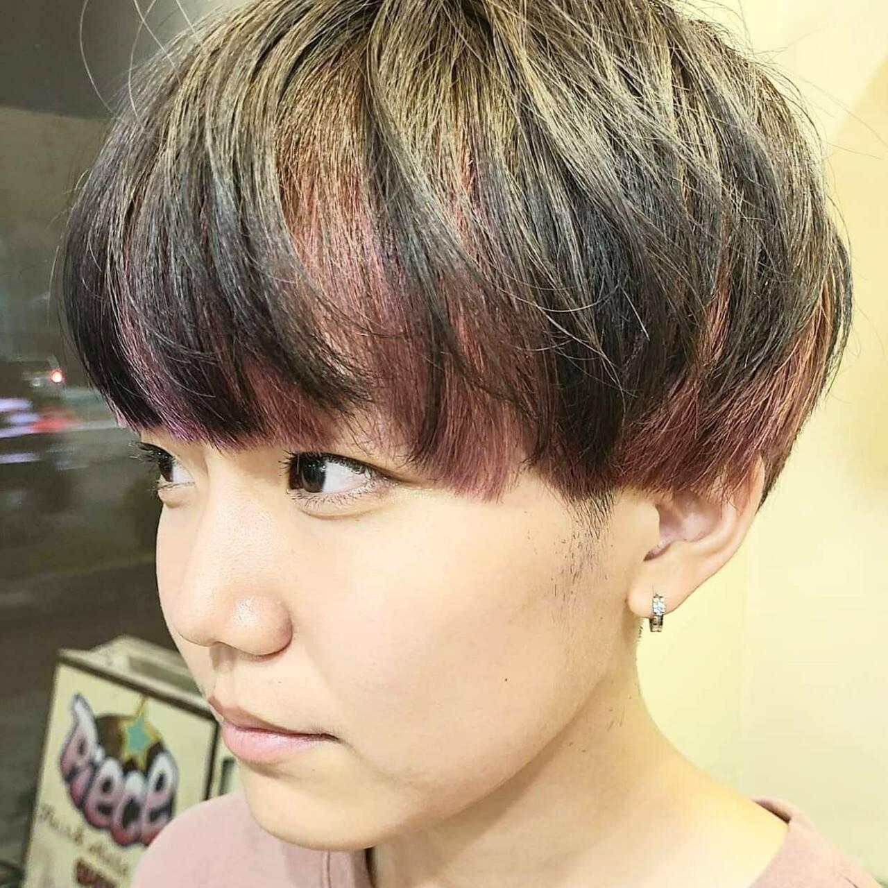 インナーカラー ピンク カラーバター マッシュショートヘアスタイルや髪型の写真・画像
