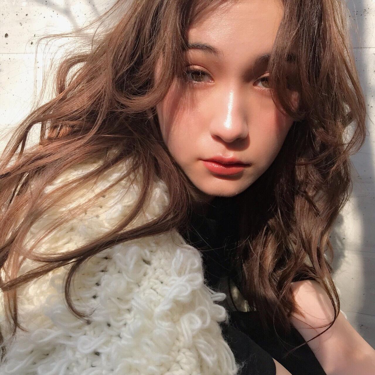 ヘアアレンジ デート パーマ ナチュラルヘアスタイルや髪型の写真・画像