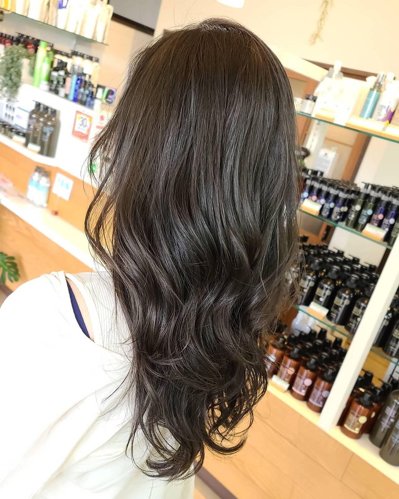 ブルーブラック ブルージュ ネイビーブルー エレガントヘアスタイルや髪型の写真・画像