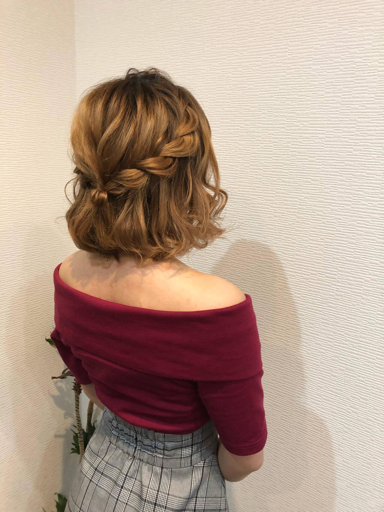 ボブ フェミニン 編み込み ボブアレンジヘアスタイルや髪型の写真・画像