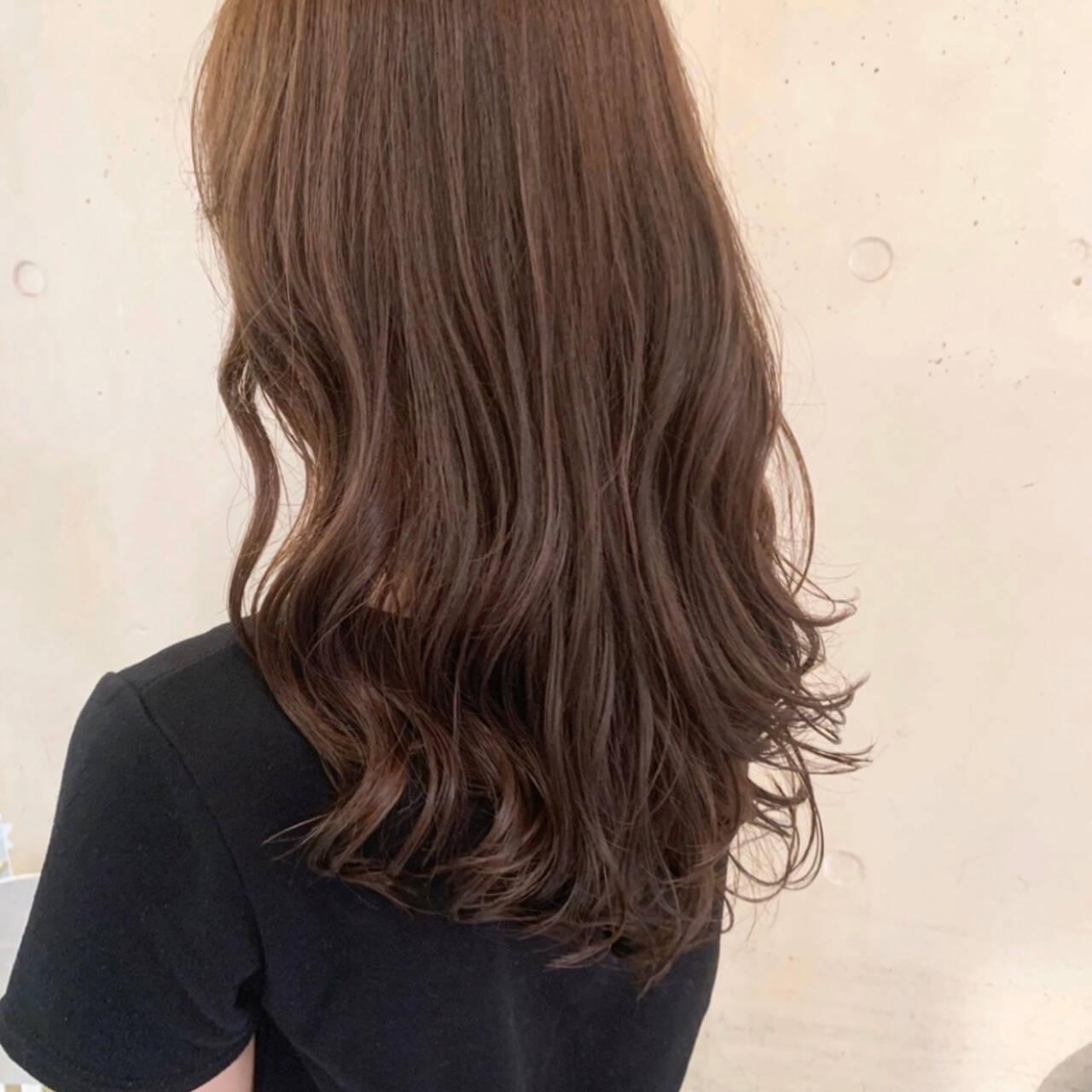 韓国ヘア ナチュラル ゆるふわパーマ セミロングヘアスタイルや髪型の写真・画像