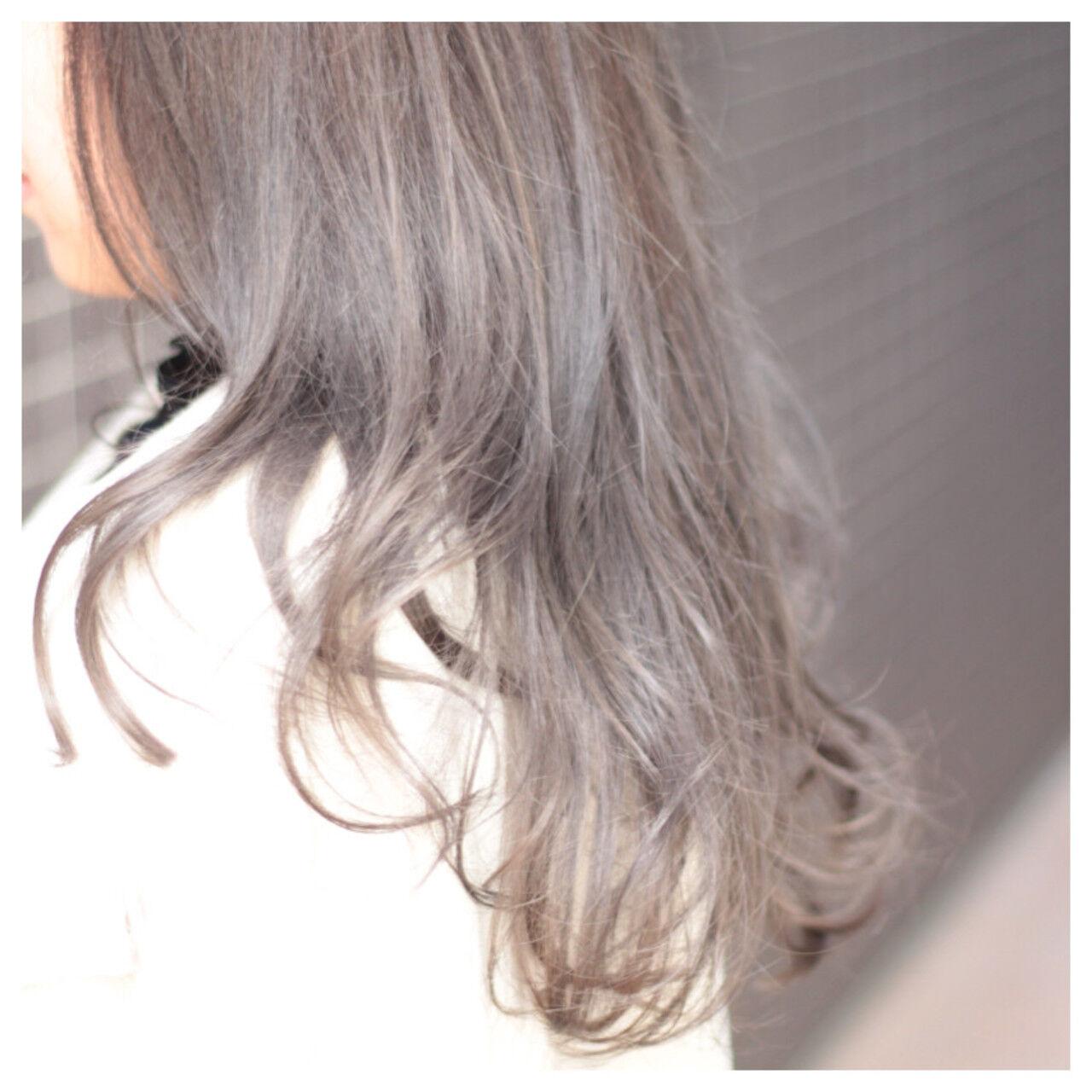 女子会 ナチュラル アッシュ ロングヘアスタイルや髪型の写真・画像