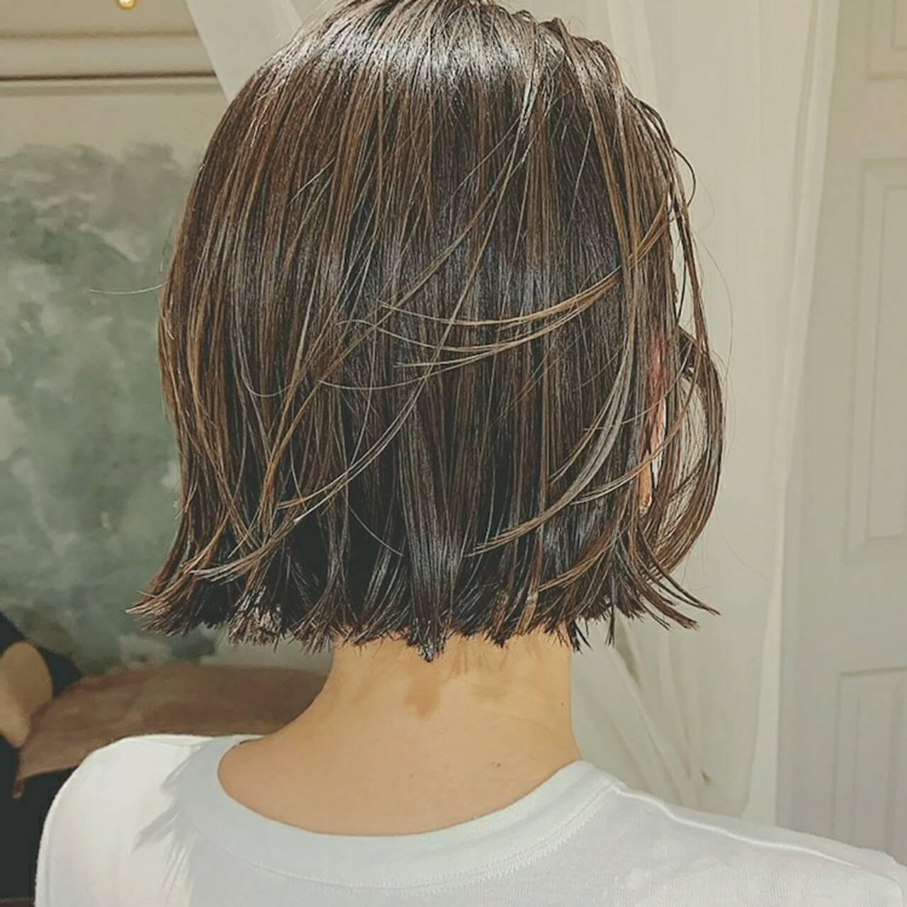 アンニュイほつれヘア ボブ インナーカラー ハイライトヘアスタイルや髪型の写真・画像