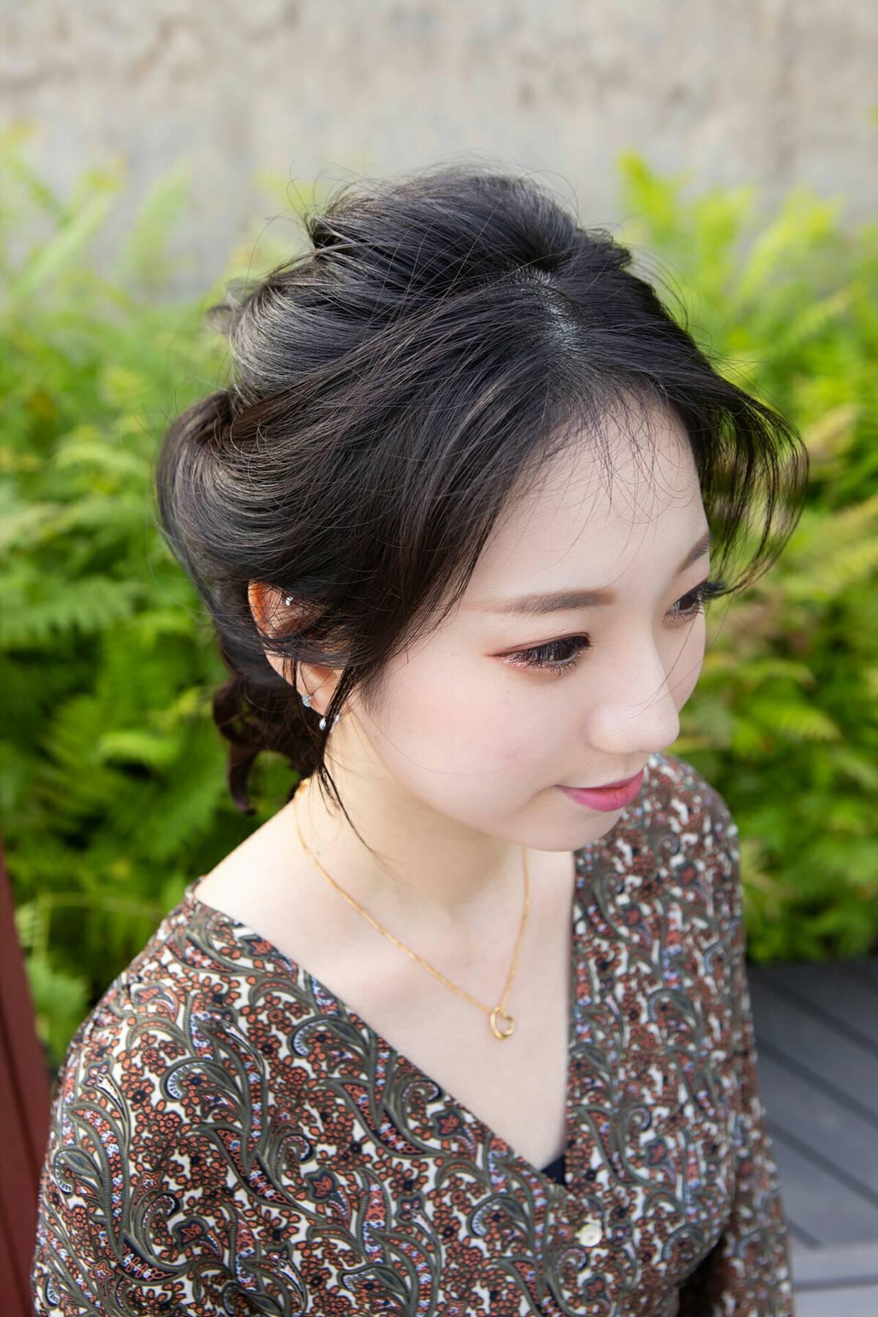 ヘアアレンジ 韓国ヘア 簡単ヘアアレンジ セミロングヘアスタイルや髪型の写真・画像