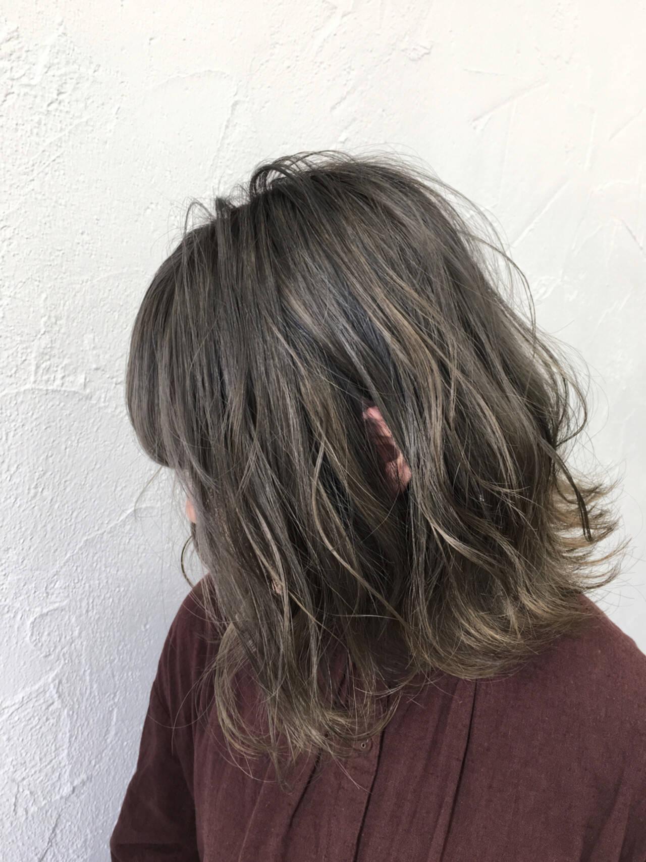 ボブ シルバー シルバーアッシュ アッシュヘアスタイルや髪型の写真・画像