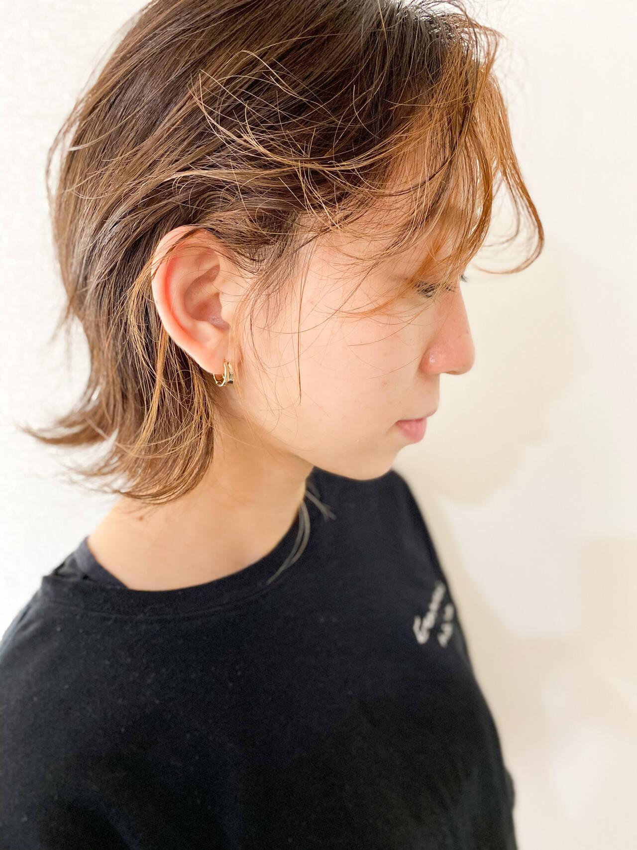 ウルフカット ブリーチ ショート マッシュウルフヘアスタイルや髪型の写真・画像