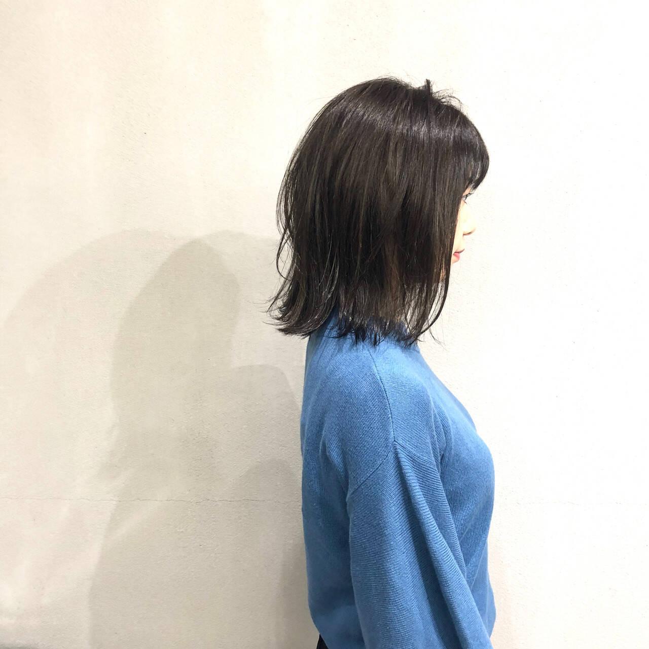 切りっぱなしボブ ボブ 簡単スタイリング イルミナカラーヘアスタイルや髪型の写真・画像