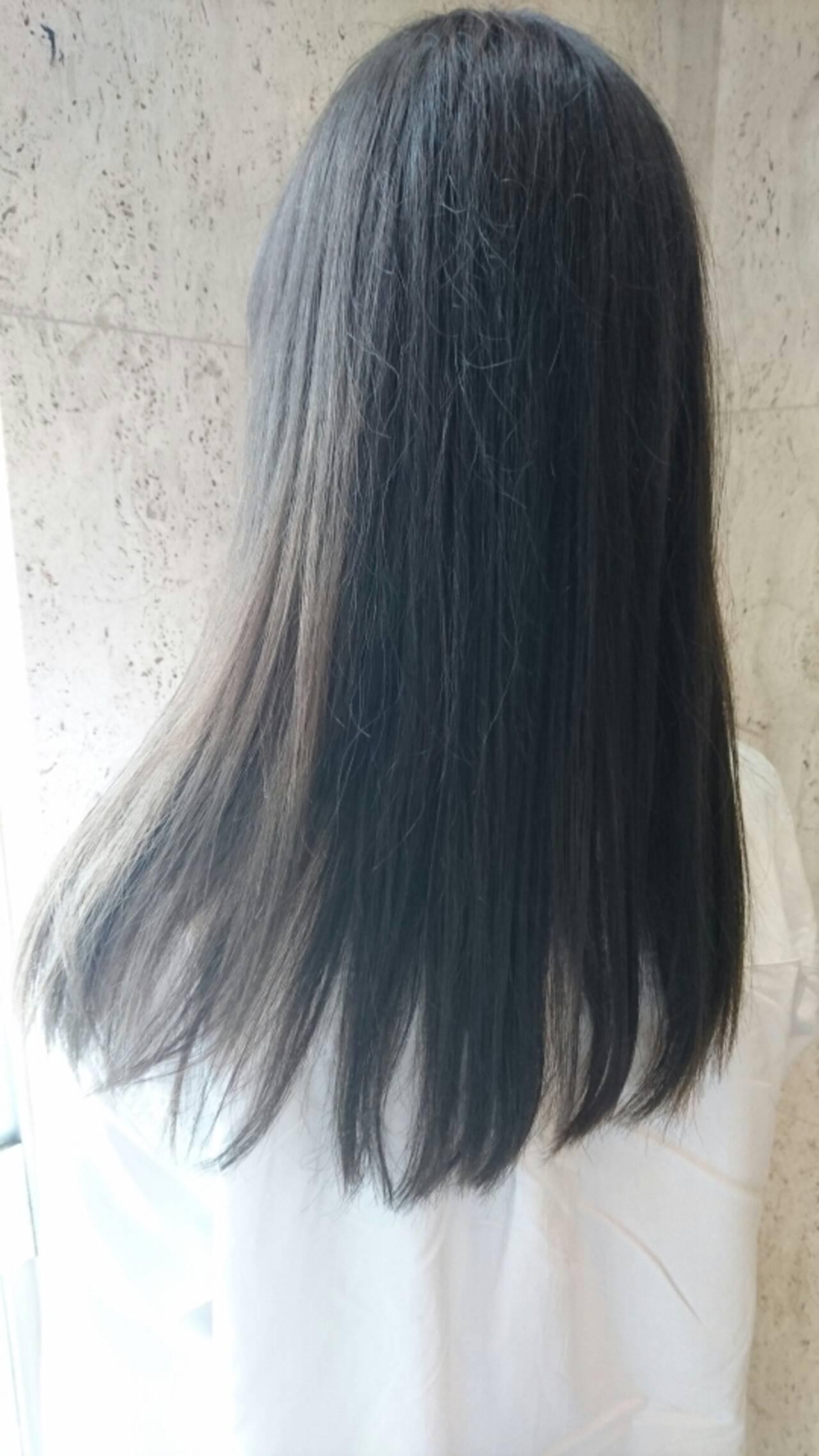 大人かわいい アッシュ ロング パーマヘアスタイルや髪型の写真・画像