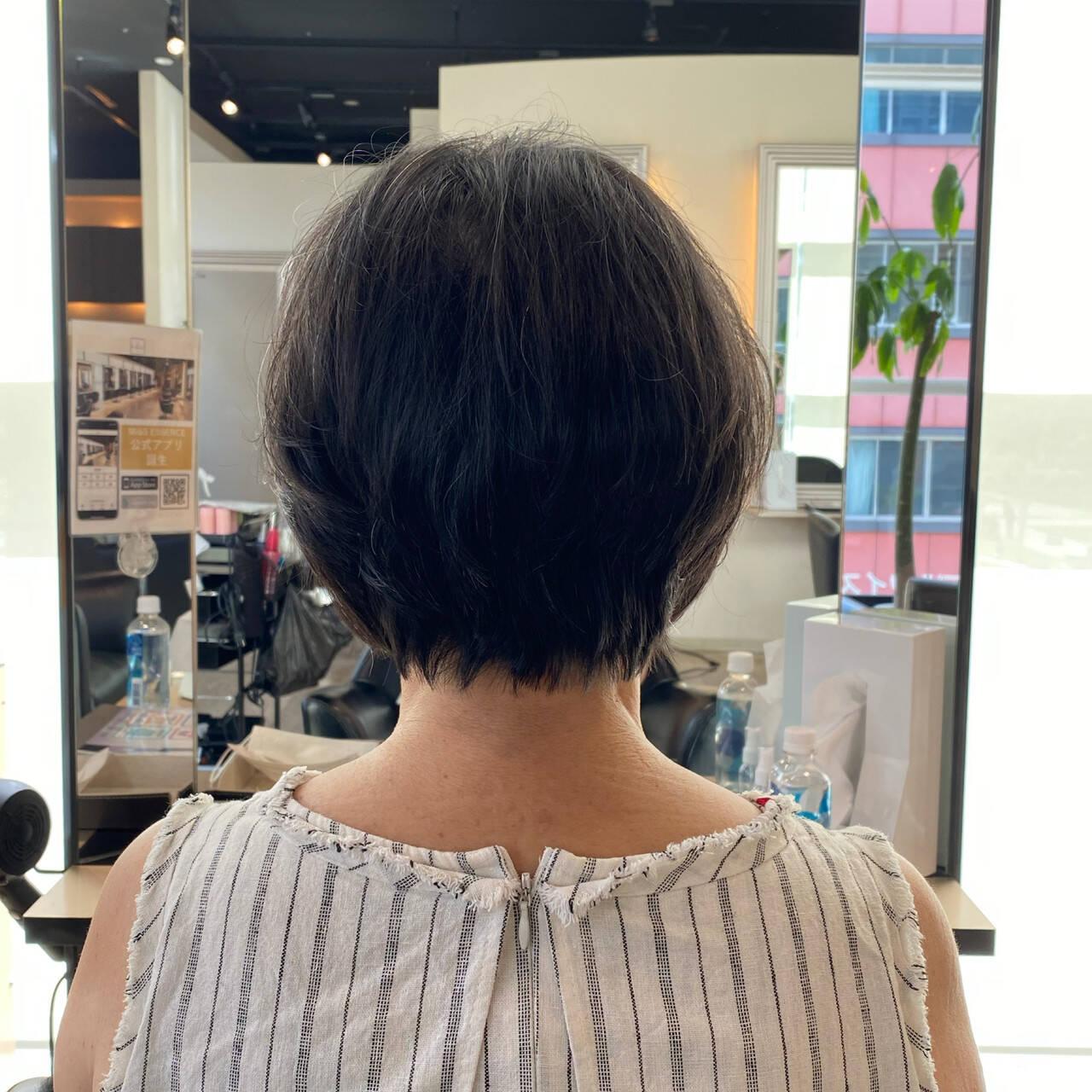 ショート お手入れ簡単!! 大人可愛い フェミニンヘアスタイルや髪型の写真・画像