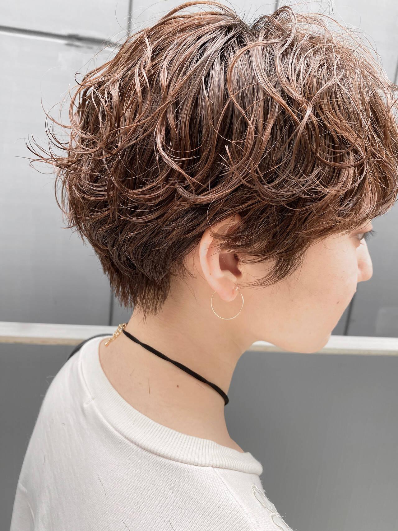 デジタルパーマ ショートボブ 小顔ショート パーマヘアスタイルや髪型の写真・画像