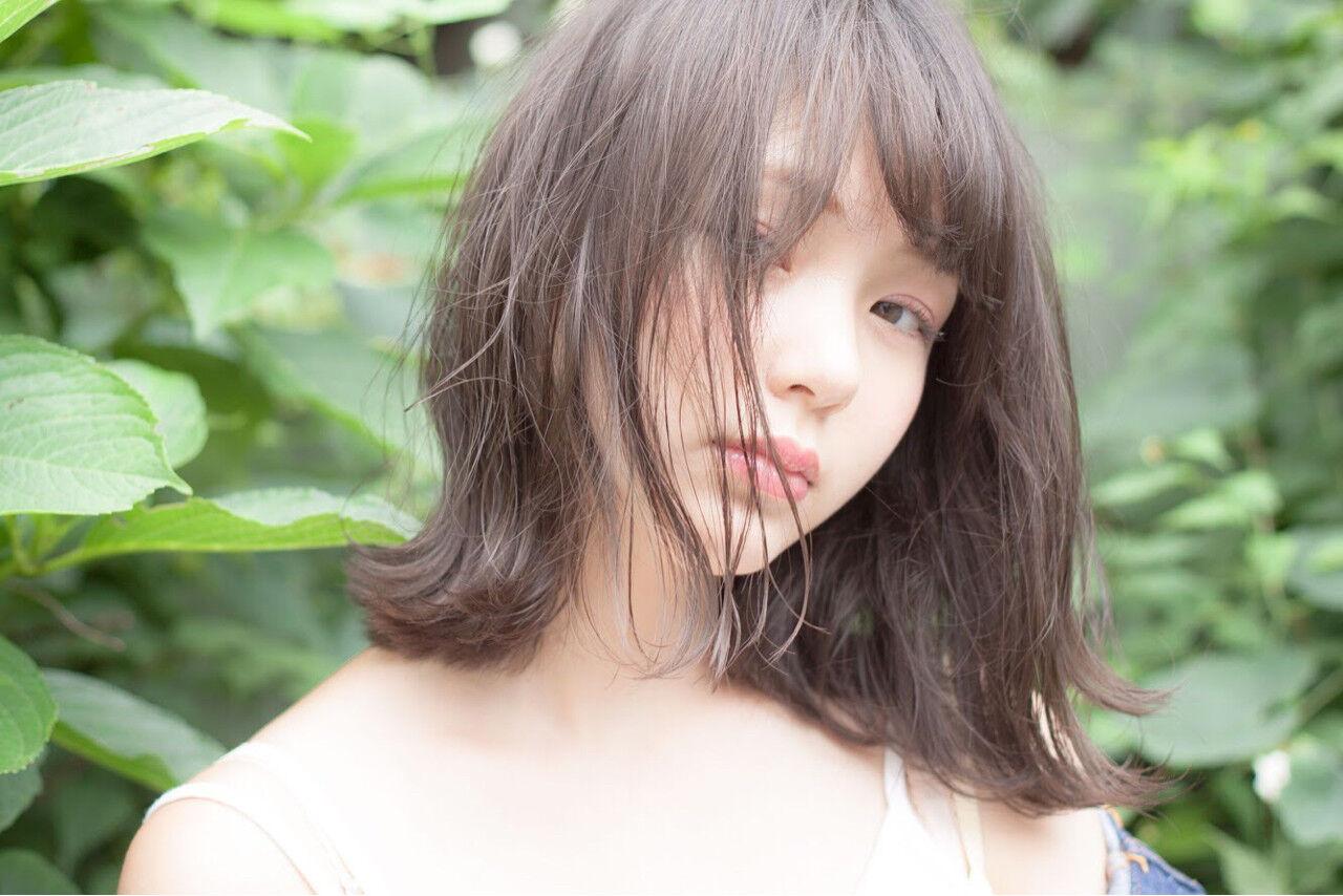 フェミニン ミディアム 透明感 秋ヘアスタイルや髪型の写真・画像
