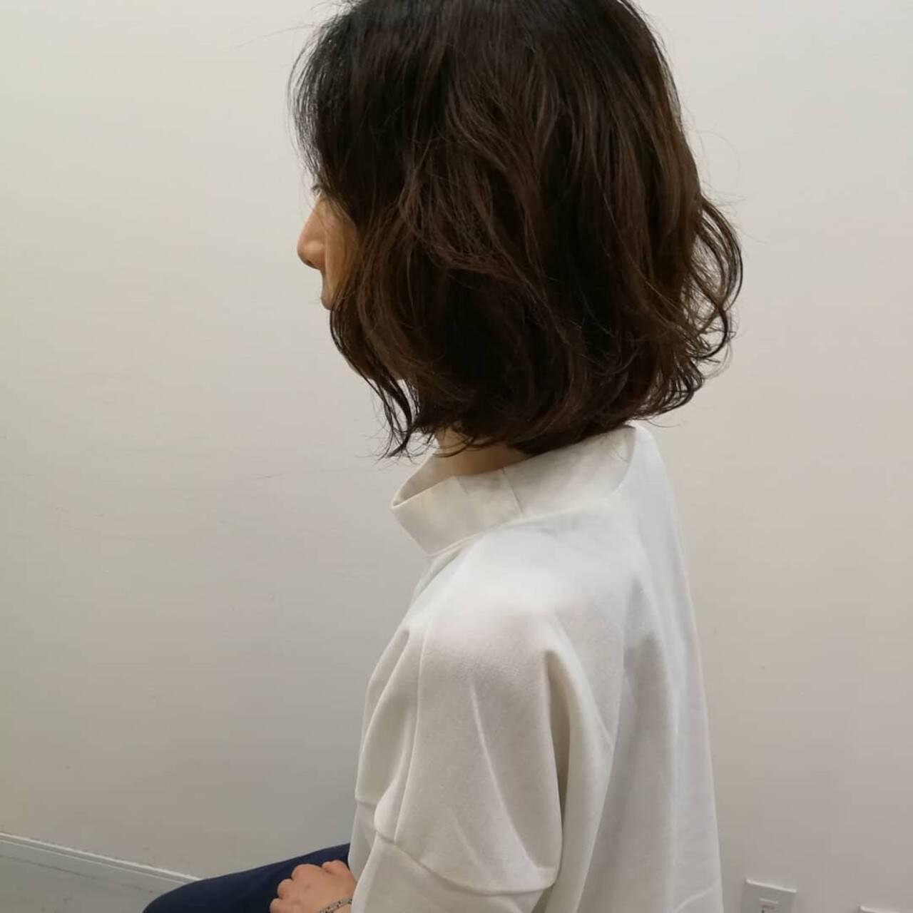 パーマ ナチュラル デジタルパーマ ゆるふわパーマヘアスタイルや髪型の写真・画像