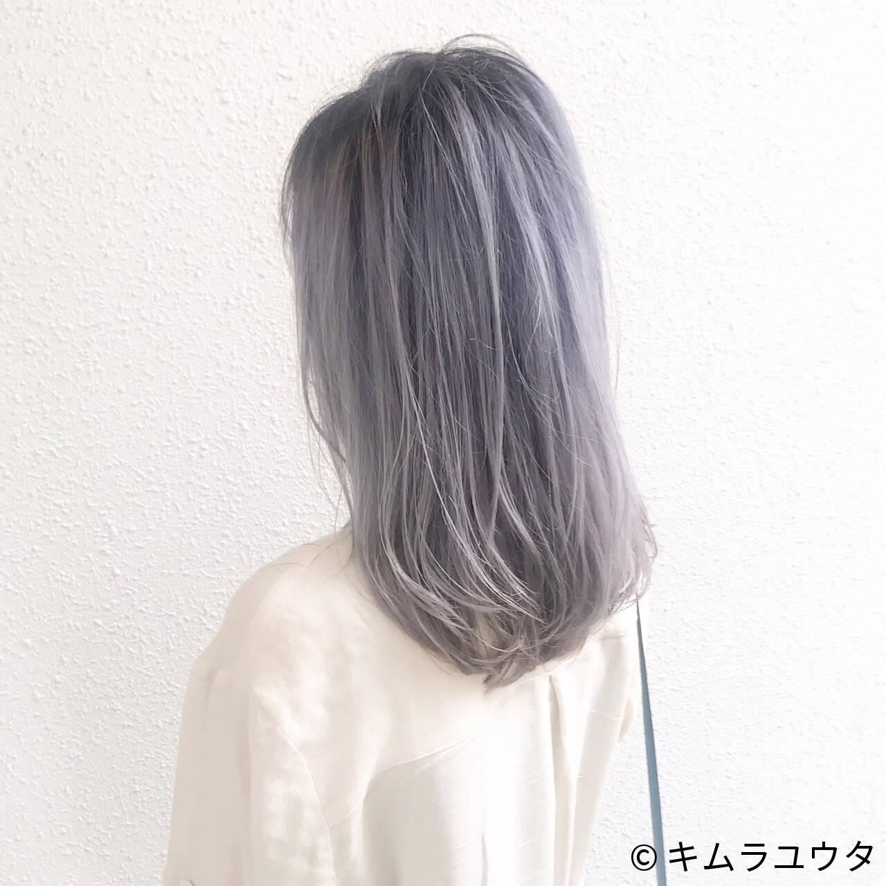アッシュ ストレート 秋 セミロングヘアスタイルや髪型の写真・画像