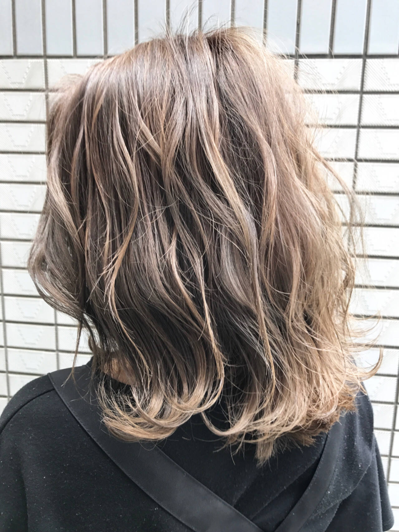 ボブ ラフ 外国人風 ストリートヘアスタイルや髪型の写真・画像