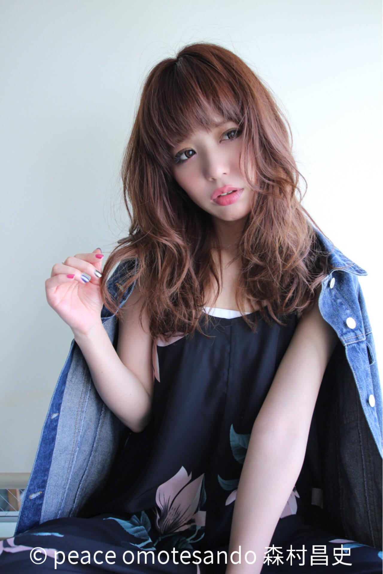 大人女子 フェミニン イルミナカラー セミロングヘアスタイルや髪型の写真・画像
