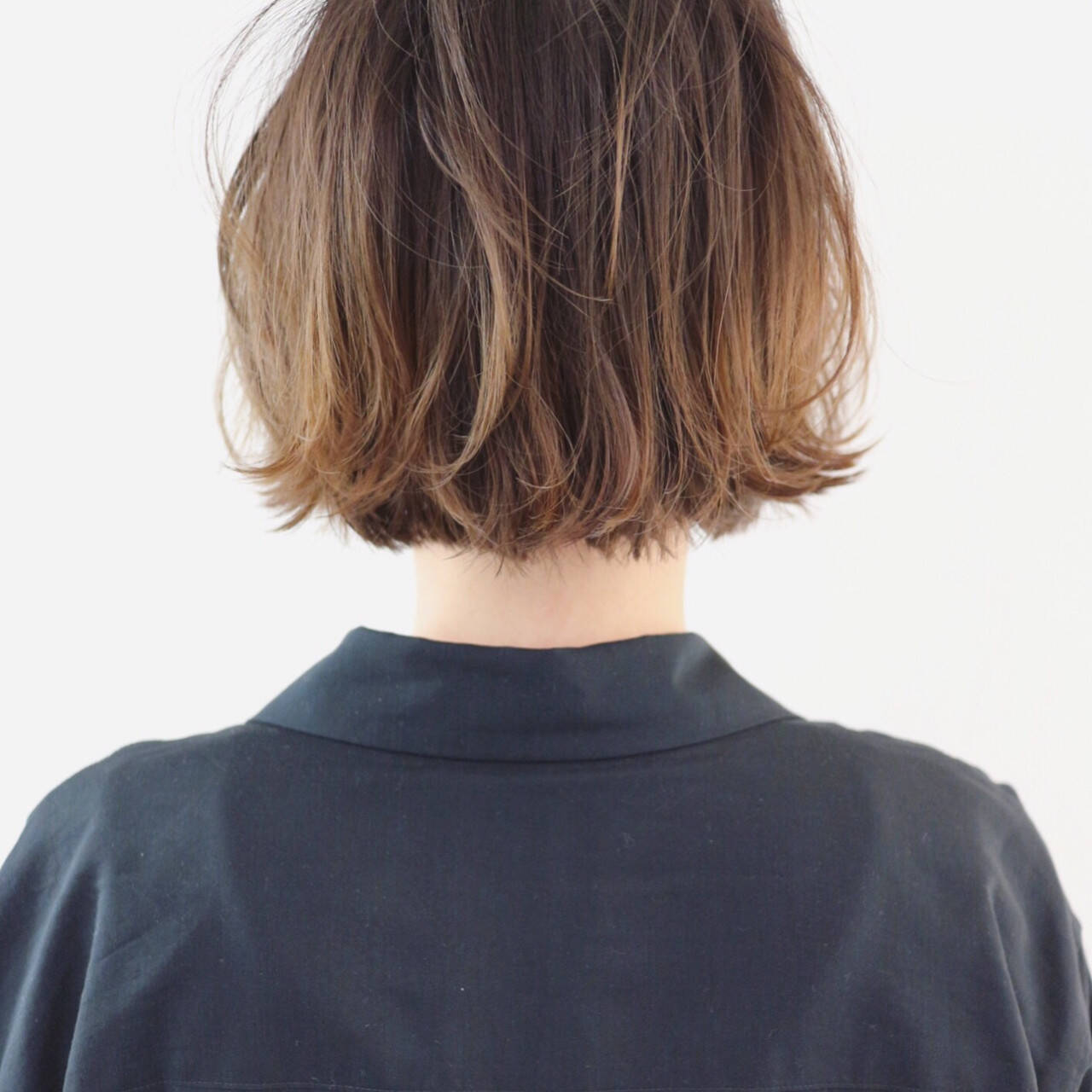 ストリート ミニボブ バレイヤージュ グラデーションカラーヘアスタイルや髪型の写真・画像