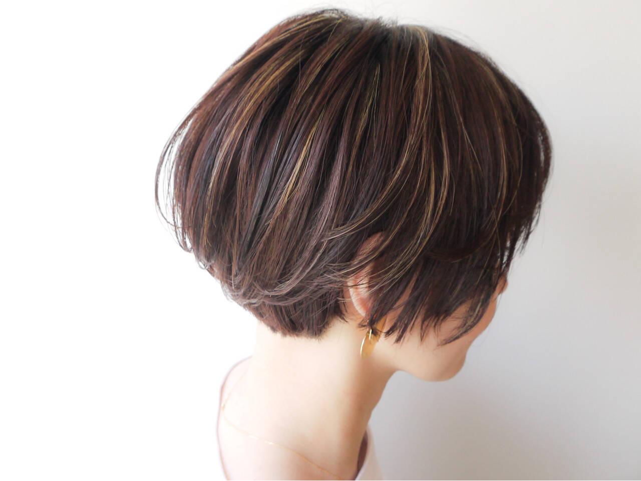 ナチュラル ショートボブ 女子力 ハイライトヘアスタイルや髪型の写真・画像