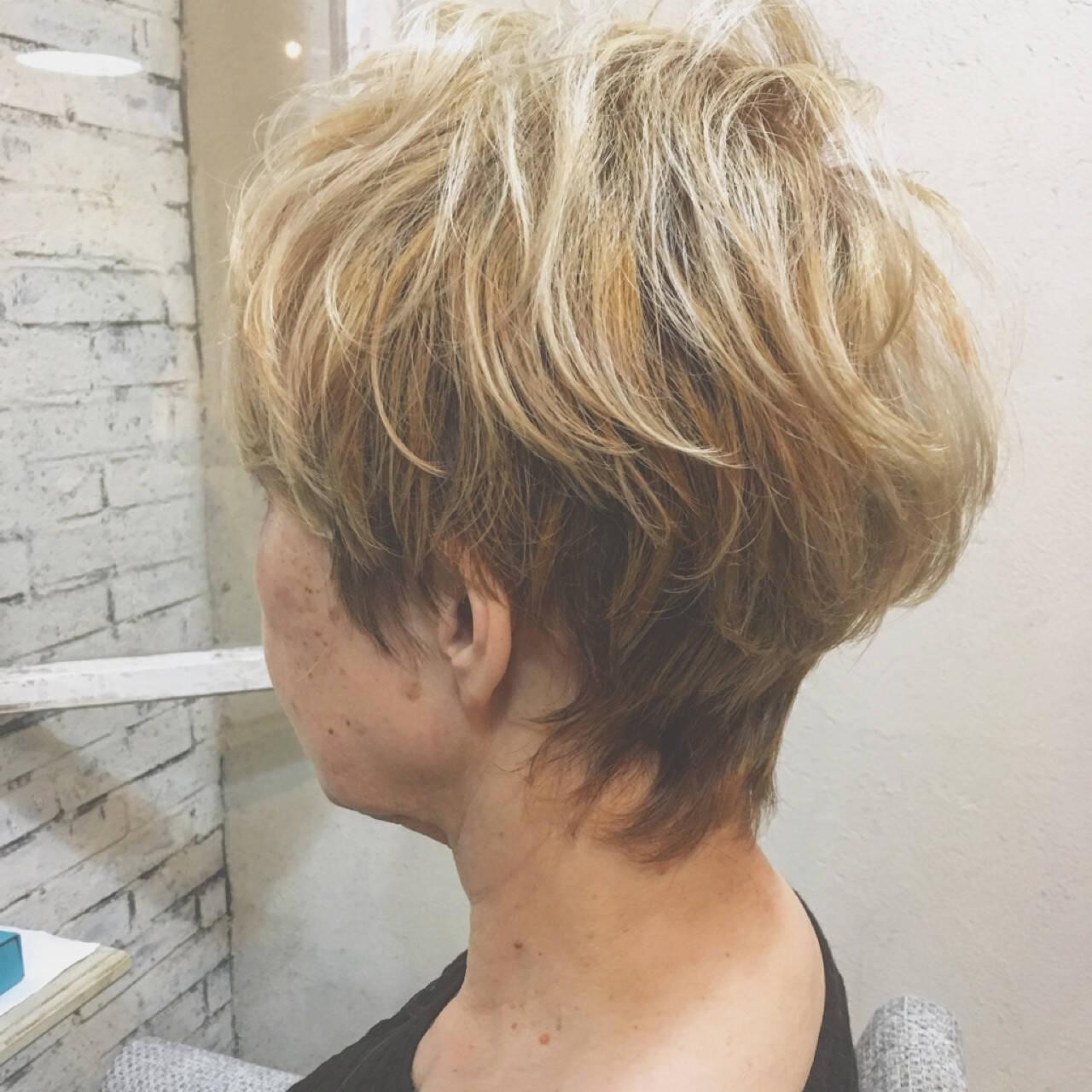 爽やか 外国人風 エレガント ショートヘアスタイルや髪型の写真・画像