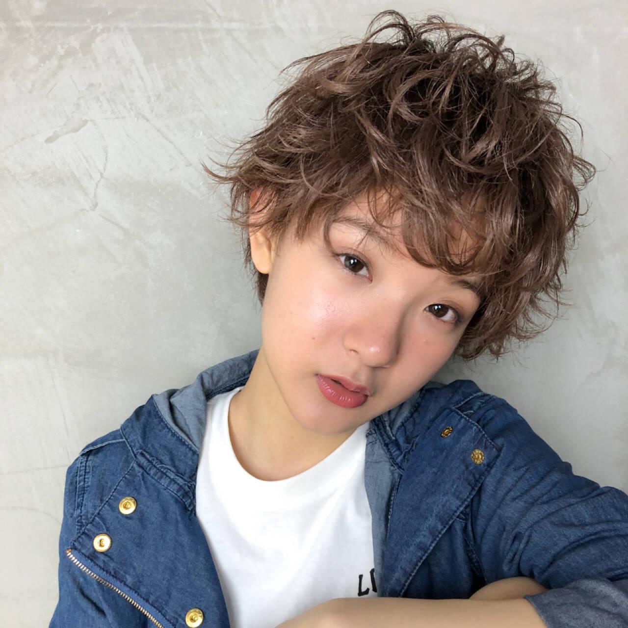 パーマ ヘアアレンジ ガーリー アンニュイヘアスタイルや髪型の写真・画像