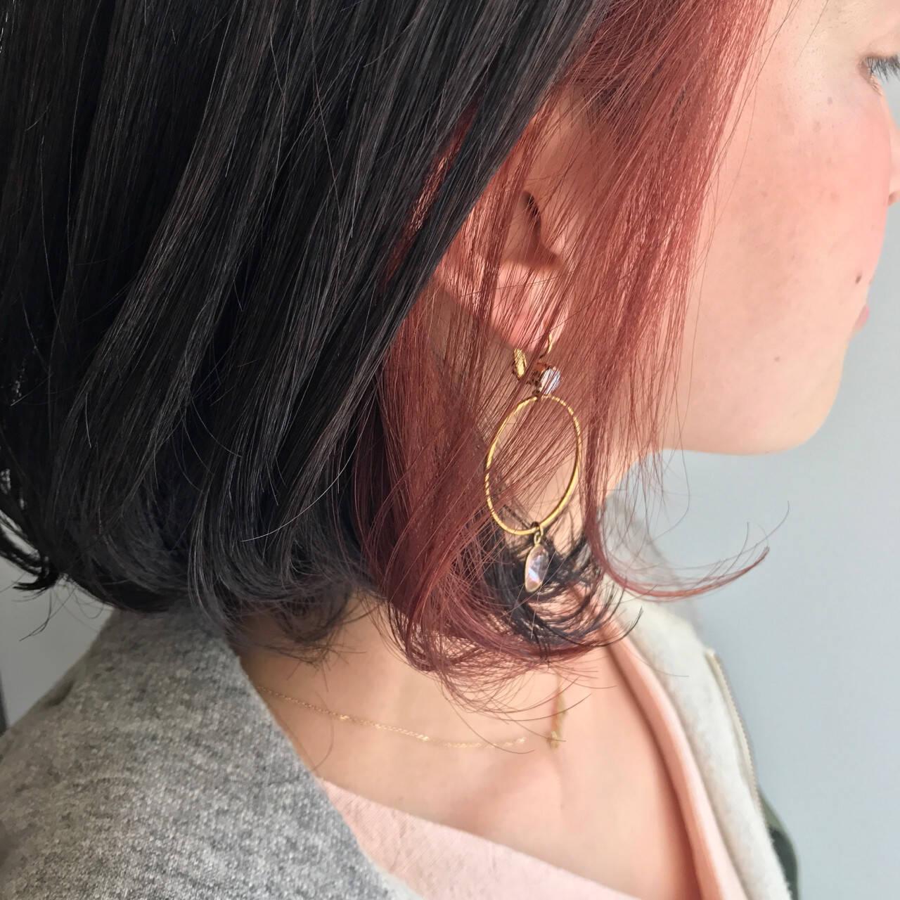 ガーリー 黒髪 ベリーピンク ボブヘアスタイルや髪型の写真・画像
