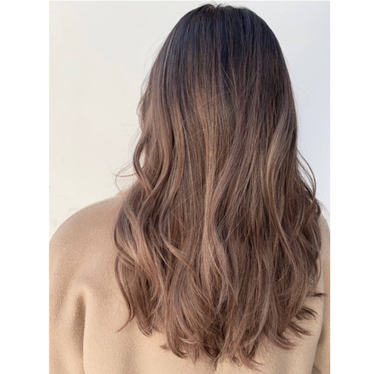 ロング ハイライト 外国人風カラー グラデーションカラーヘアスタイルや髪型の写真・画像