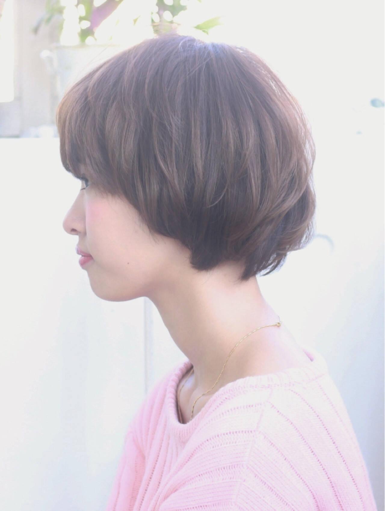 レイヤーカット 大人かわいい ナチュラル フェミニンヘアスタイルや髪型の写真・画像