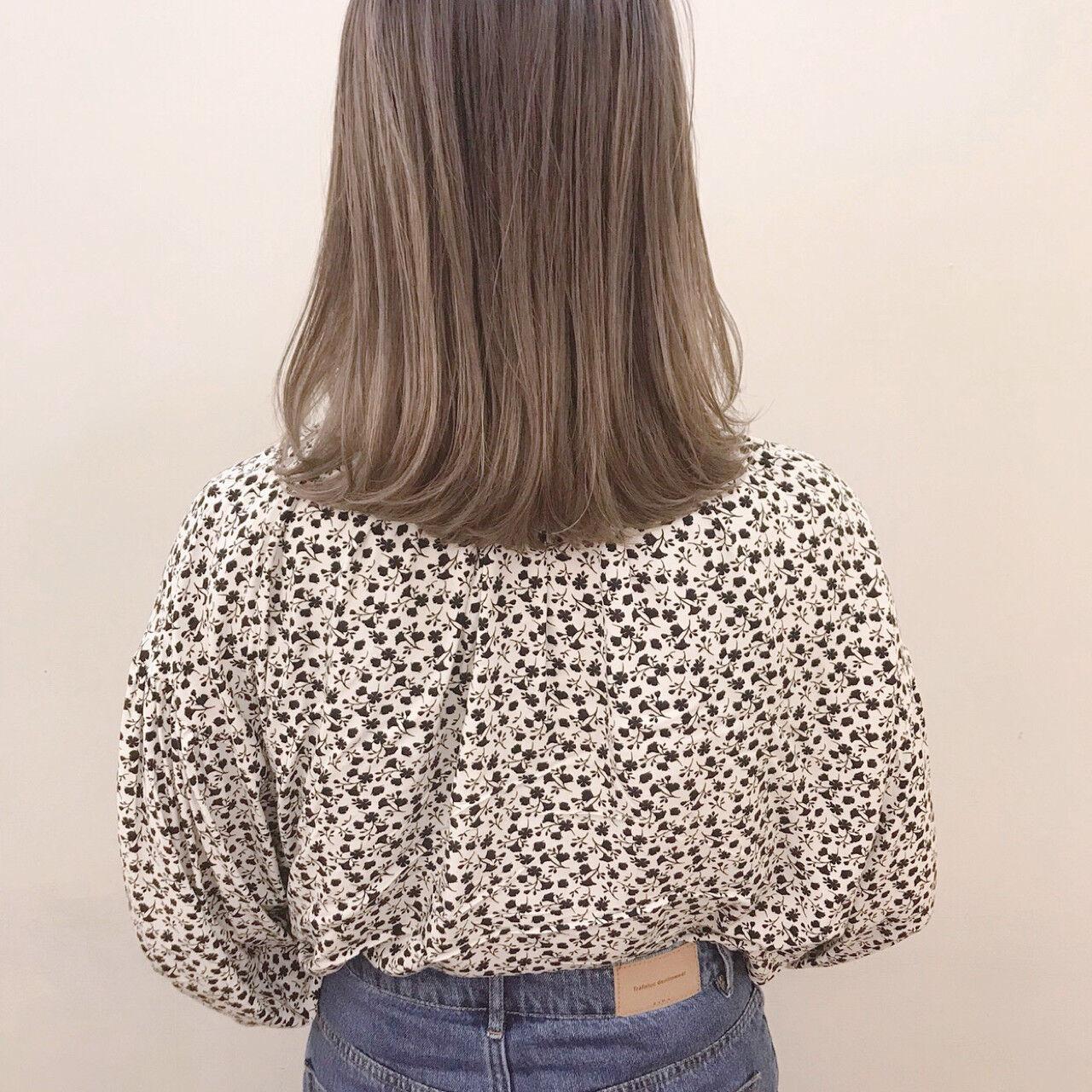 ハイライト デート ミディアム ナチュラルヘアスタイルや髪型の写真・画像